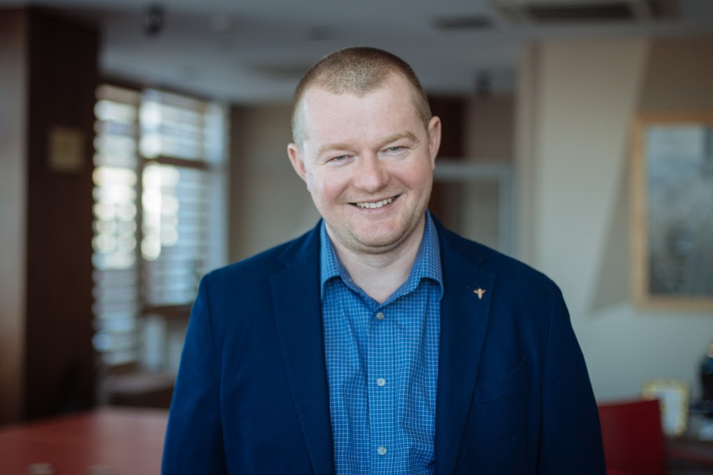 Noosphere Ventures July: An interview with Max Polyakov, Three Legs of Venture Investing and Future of Electro-Jet Low-Thrust Engines by SETS