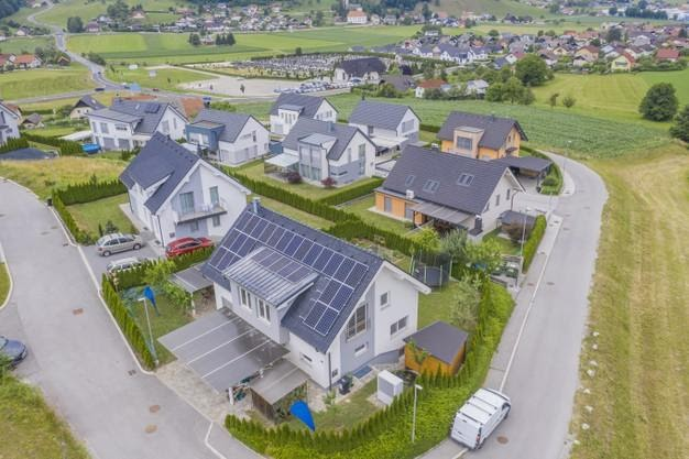 Tips to Consider When you Install Solar Panels on Your Home Roof