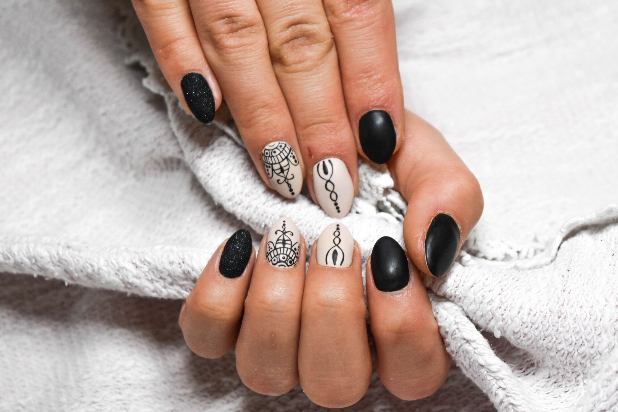 What Type of Nail Manicure Is Best For You?